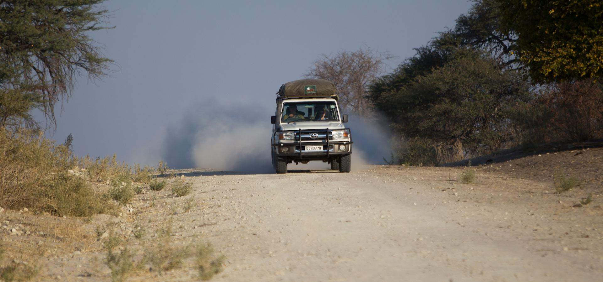 Botswana 4x4 Offroad-Adventure Offroadtour im 4x4 Fahrzeug durch Botswana und Namibia