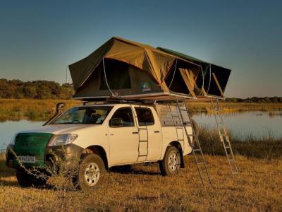 Hilux Camping mit Dachzelt